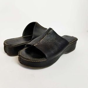 COLE HAAN 6M Leather Slip On Open Toe Mules Slides